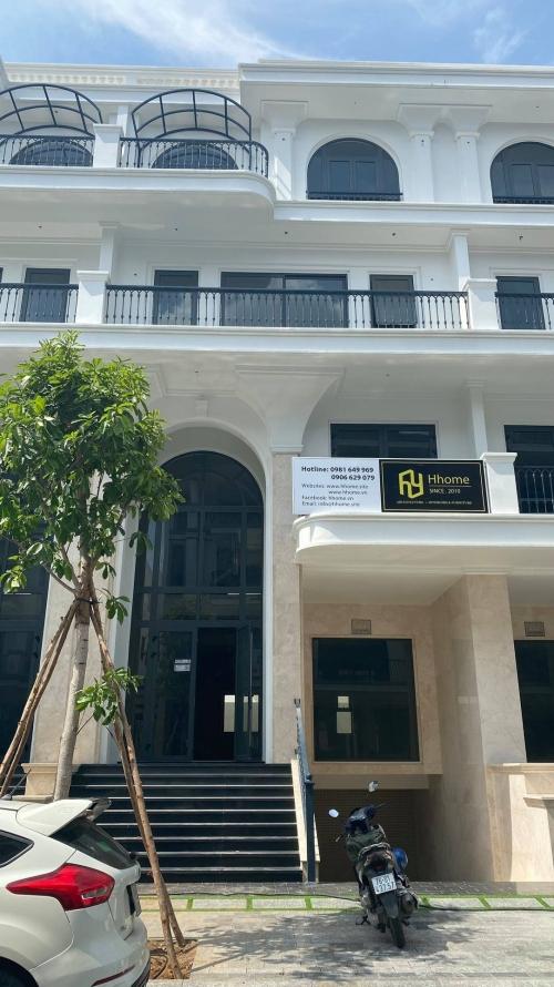 Hhome nhà thầu chính thức có mặt tại khu đô thị Vạn Phúc Thủ Đức cửa ngõ phía đông Sài Gòn gắn liền với chất lượng cuộc sống Đẳng Cấp Sang Trọng.